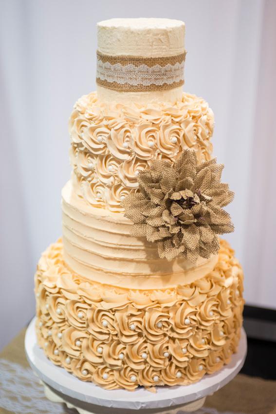 Bella Lusso | Kansas City Perfect Wedding Guide Bridal Show 2015